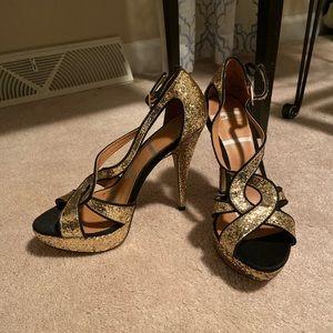 Sparkle heels size 6